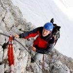 Postup zajištěnou cestou na vrchol Dachsteinu.