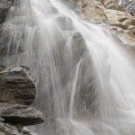 Vodopád ledovcového potoka.