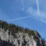 Divná rakouská letadla, zatáčejí v pravém úhlu.