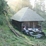 Luxusní chata s pramenem pod Kolesárovou.