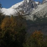 Dole podzim, nahoře na Kežmaráku už zima.