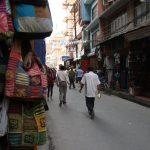 Čtvrť Thamel v Káthmándú je jeden veliký bleší trh.