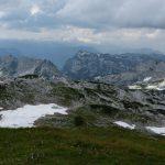 Pohled z vrcholu na JZ, k Dachsteinu.