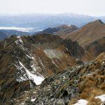 Na vrcholu Grosser Bösenstein. Pohled na další hřebenovku.