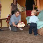 Dort k prvním narozeninám od babičky.