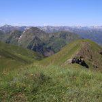 Nádherné výhledy po horách všude okolo.