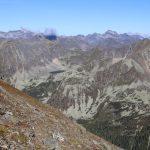 Oberer Wildenkarsee a okolní hory. Cíl na příště.