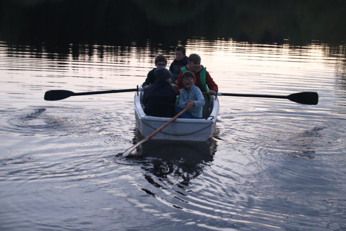 Mladí veslaři zvládli i sólo jízdu.