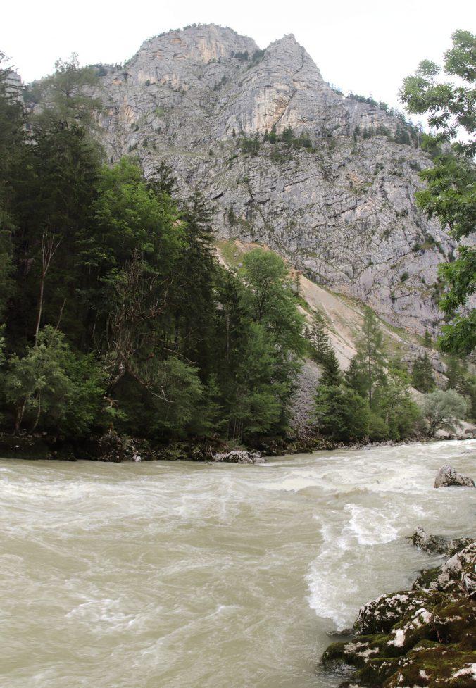 Peřeje na řece Enns.